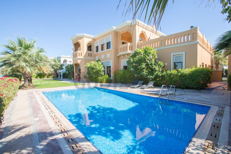1 - Prvt Pool  Beach in Luxury Palm Jumeirah Villa :فلل سجنتشر سعفة F صورة في عقار للإيجار