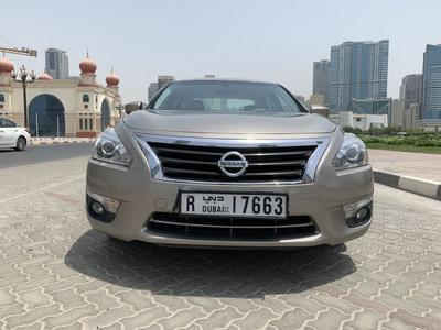 Nissan Altima 2016 Nissan Altima SV in very good conditions GCC
