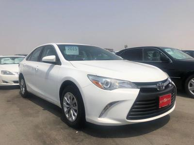 Toyota Camry 2015 TOYOTA CAMRY 2015 WHITE (CLEAN TITTLE CAR) هذ...