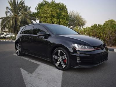 فولكسفاغن GTI 2016 VOLKSWAGON GOLF GTi 2016 GCC SPECS LOW MILEAG...