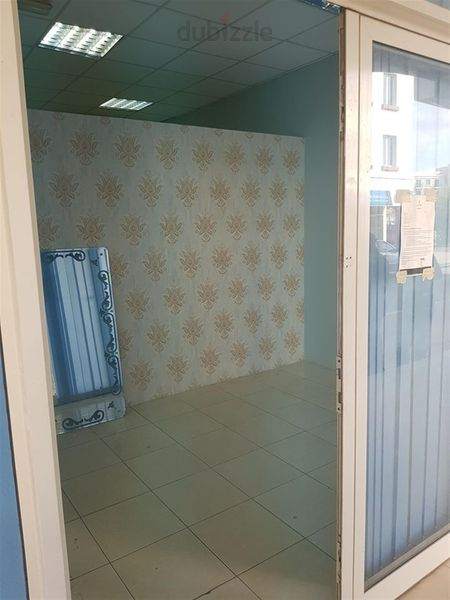 Property for Rent photos in Al Warsan 2: Ready to move. , Near  to  LUlU exchange.   Good  any  business. - 1