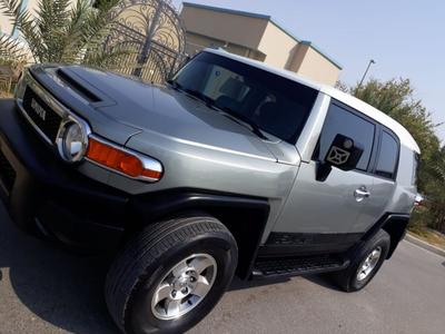 Toyota FJ Cruiser 2010 Toyota FJ Cruiser 2010 GCC specs. It's very g...